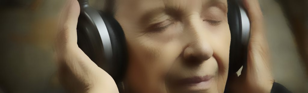 savvy-headphones-1950x580-blur
